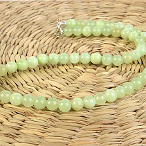 Ball jade necklace