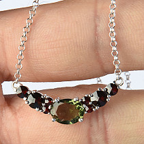 Necklace 48cm with moldavite and garnets necklace with Ag 925/1000 Rh 4,09g